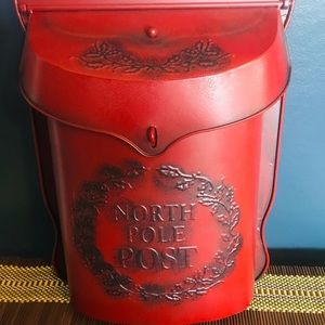 NWT Red Holiday North Pole Post Metal Mailbox